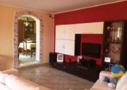 Rifinita ed accessoriata-deliziosa abitazione indipendente con terrazzino