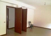 In zona ricercata ampio appartamento luminoso in palazzina con prospetto rifatto