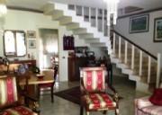 In zona ricercata Villa a schiera in citt� 3 livelli con  ampie terrazze posto auto