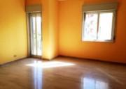 Appartamento dagli ampi spazi in ottima zona (anche uso ufficio)